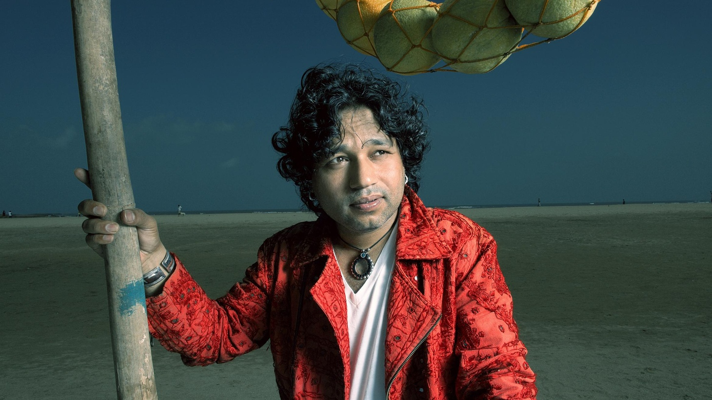 One of the biggest stars of Indian popular music today. Kailash Kher's strong folk sensibilities combined with lyrics that invoke Sufi mystical dimensions have captivated millions in South Asia...