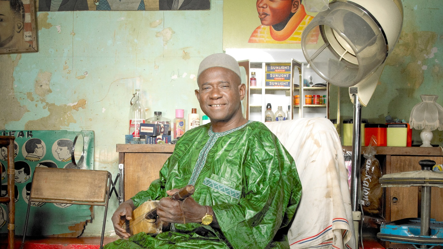Acclaimed singer Kassé Mady Diabaté is one of the most recognized voices of West Africa and a descendant of the distinguished griot family of the ancient Manding Empire.