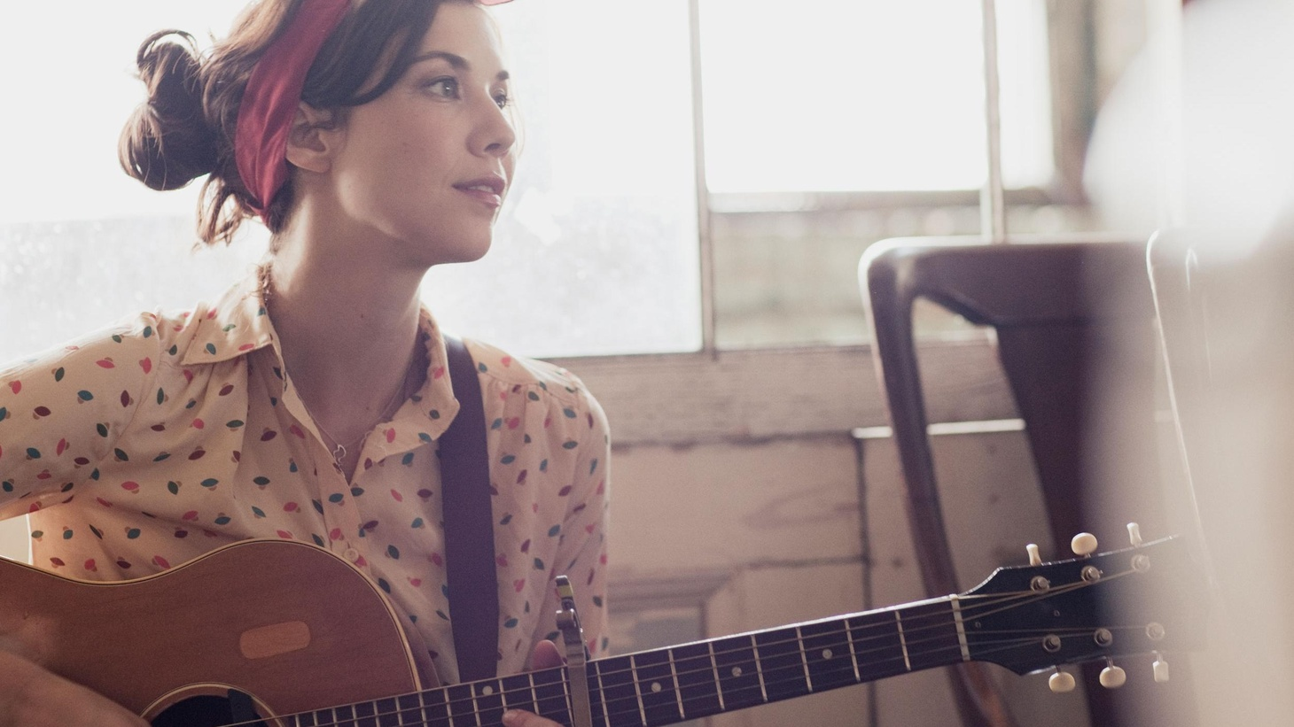 Lisa Hannigan first became known for her entrancing vocals while duetting with Damien Rice. Her solo debut was embraced by critics and her sophomore release...