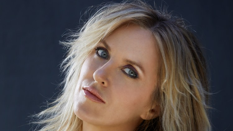 Liz Phair: 'Spanish Doors'