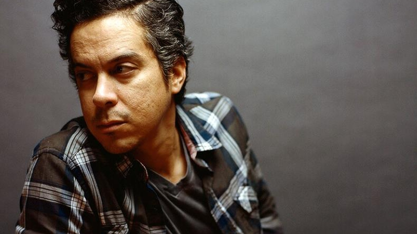 KCRW recorded a special live session with M. Ward that will air tomorrow during Morning Becomes Eclectic. To get you excited…