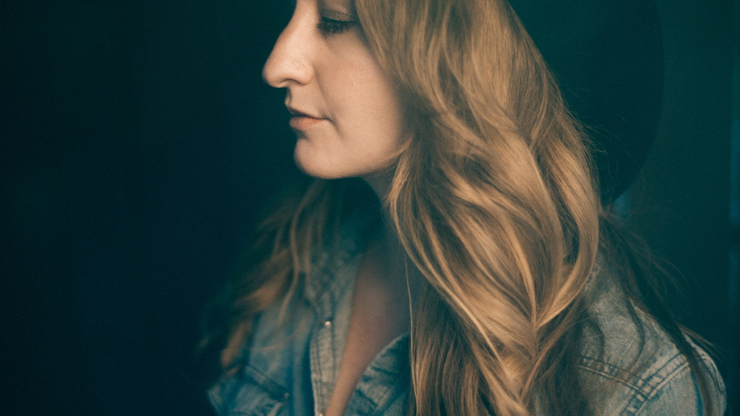 Margo Price has the sound of a timeless country singer and has captivated the music industry with her true tales of loss, struggle and redemption.
