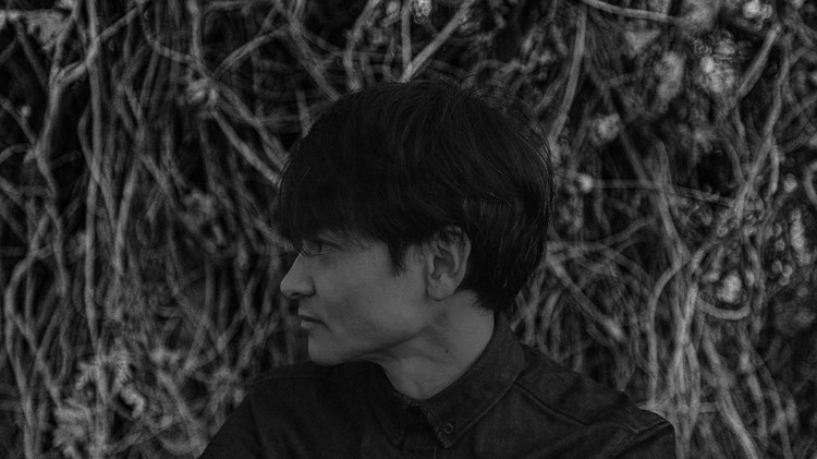 Vibraphonist Masayoshi Fujita is based in the magical place of rural Japan where life flows with the seasons.
