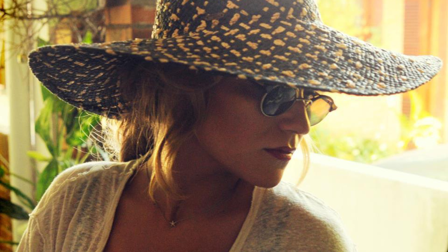 A young singer with an old soul, Melody Gardot's third release is a sultry mix of jazzy-tinged gypsy songs.