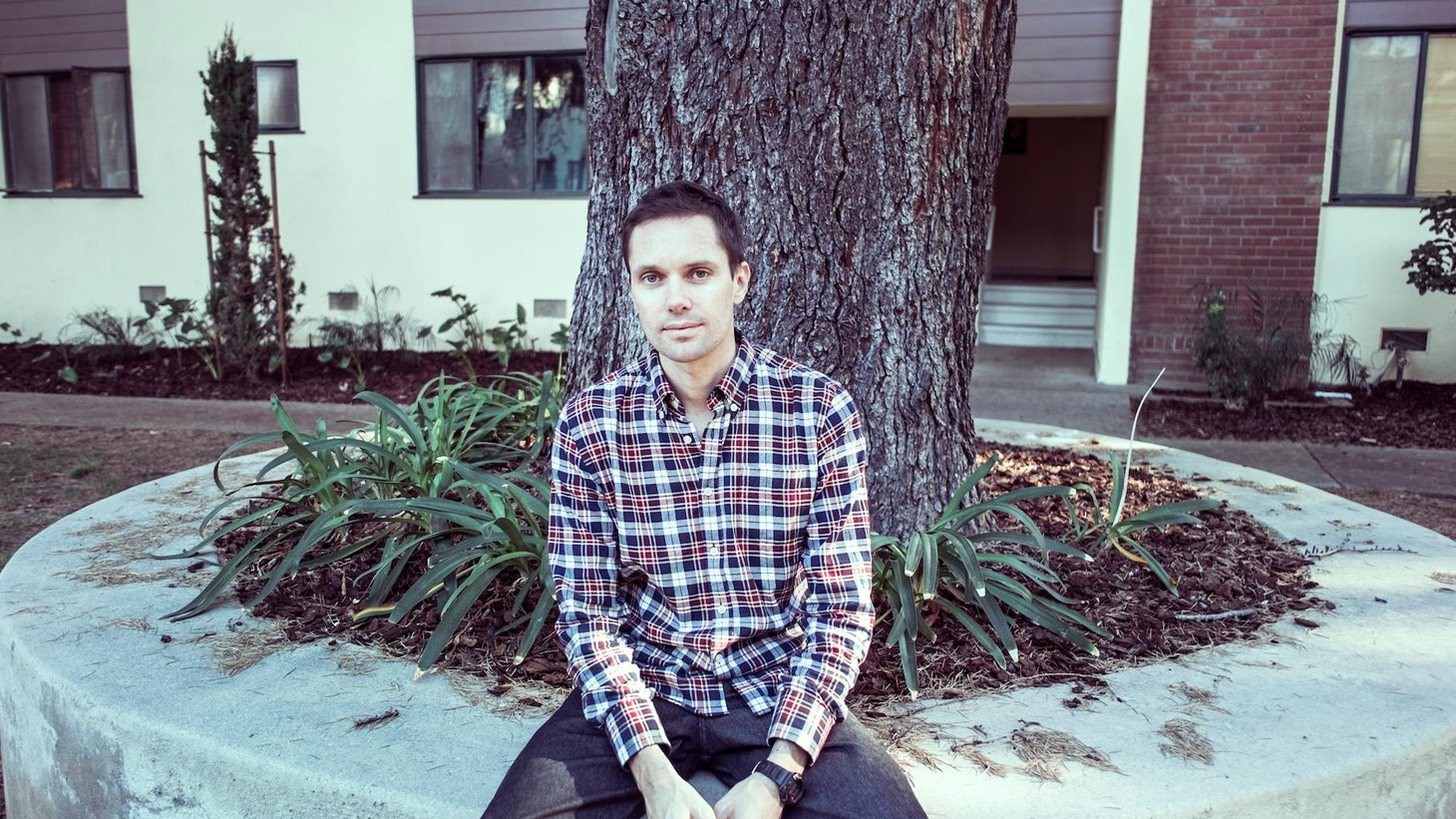 Michael Milosh has a tender and seductive voice most people are familiar with through his work as the frontman of Rhye.