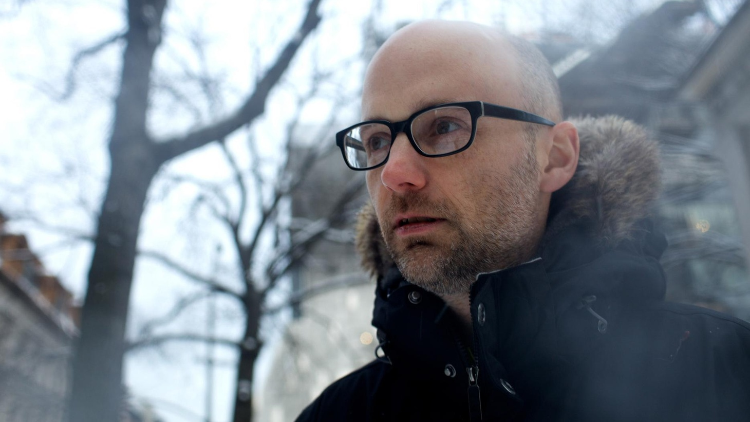 ...the title track from Pale Horses.   Not only is KCRW music director Jason Bentley a fantastic deejay, he's also half of dynamic duo Empyrean Dub, which has remixed Moby's new single...