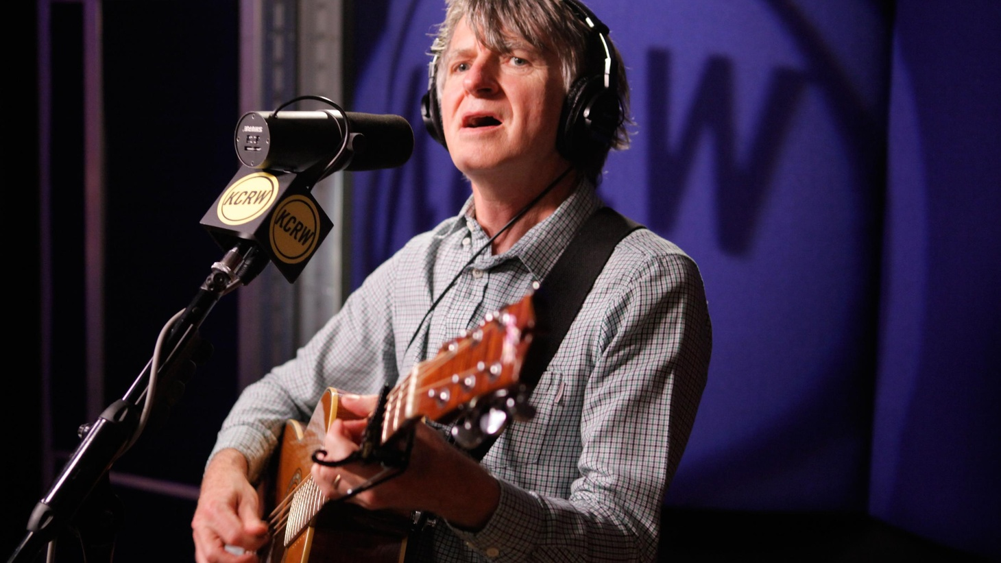 New Zealand's Neil Finn played a gorgeous live session on Morning Becomes Eclectic last year, including songs he will release on his forthcoming album Dizzy Heights.