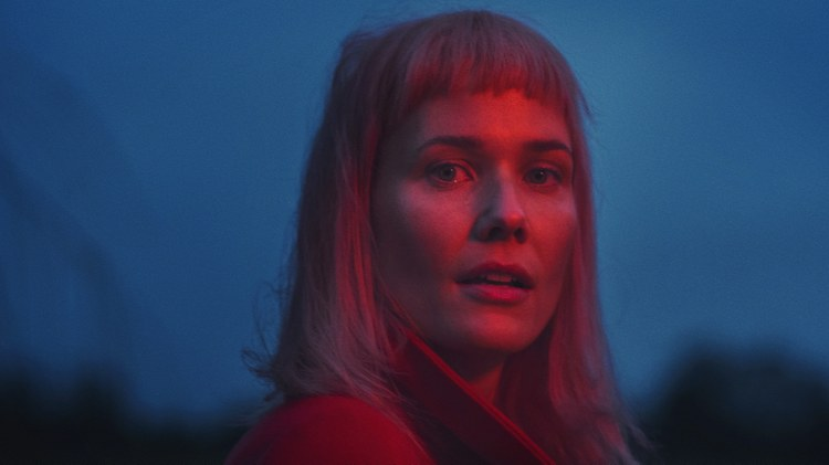 "Danish fashion model, singer/songwriter and film composer Oh Land, is a woman who wears many hats.  Her first new album in 5 years, slated for May release, contains ""Human Error,""…"