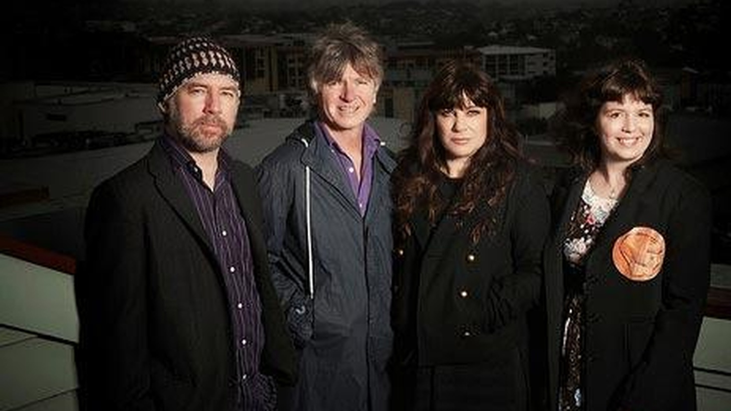 Crowded House front-man Neil Finn teamed up with his wife to form Pajama Club. Left with an empty nest, they found themselves with plenty of time, loads of instruments...