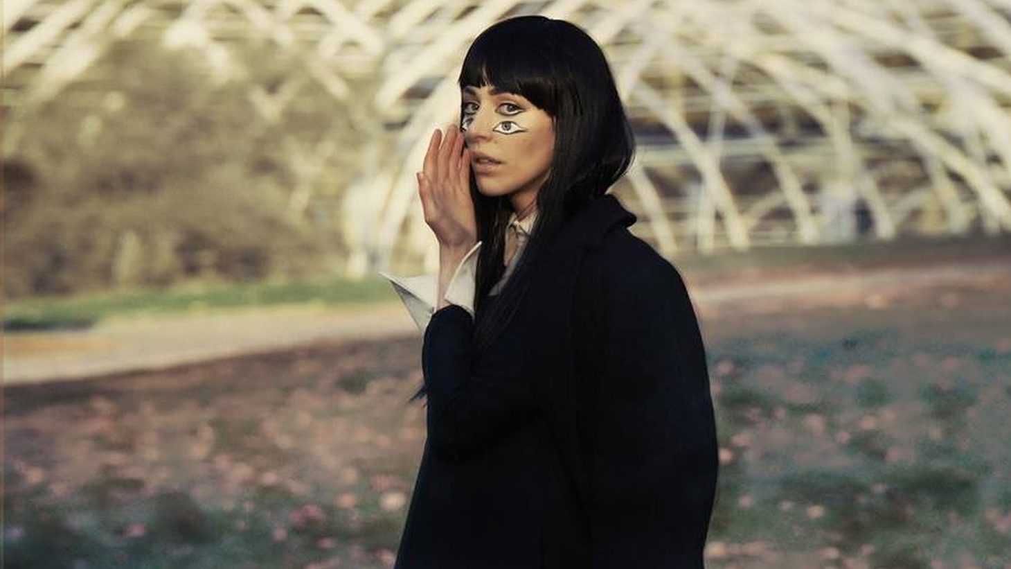 Chairlift's Caroline Polacheck is cooking up her debut solo album under the name Ramona Lisa. It's recorded entirely on her laptop without instruments or external mics.