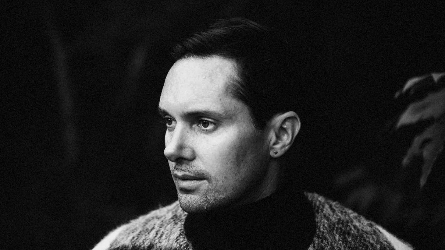 Accolades have been pouring in for Rhye's latest album, a collection that oozes with their brand of seductive, soul-pop. Singing over a whisper, front man Milosh epitomizes boudoir anthems that beckon with intimate lyrics.