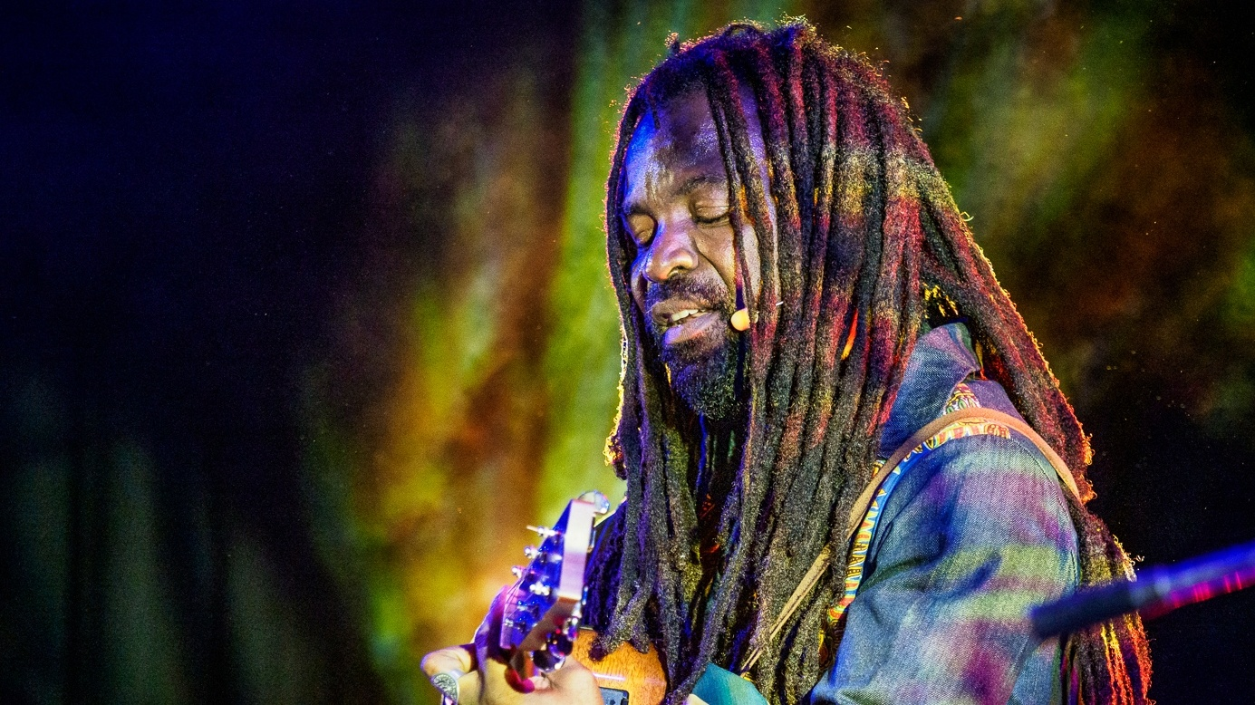 "We celebrate Friday with a brand new recording by our favorite Ghana born/Los Angeles-based musician and activist Rocky Dawuni. The title track to his new album, ""Beats of Zion"" finds Rocky at the apex of his career."