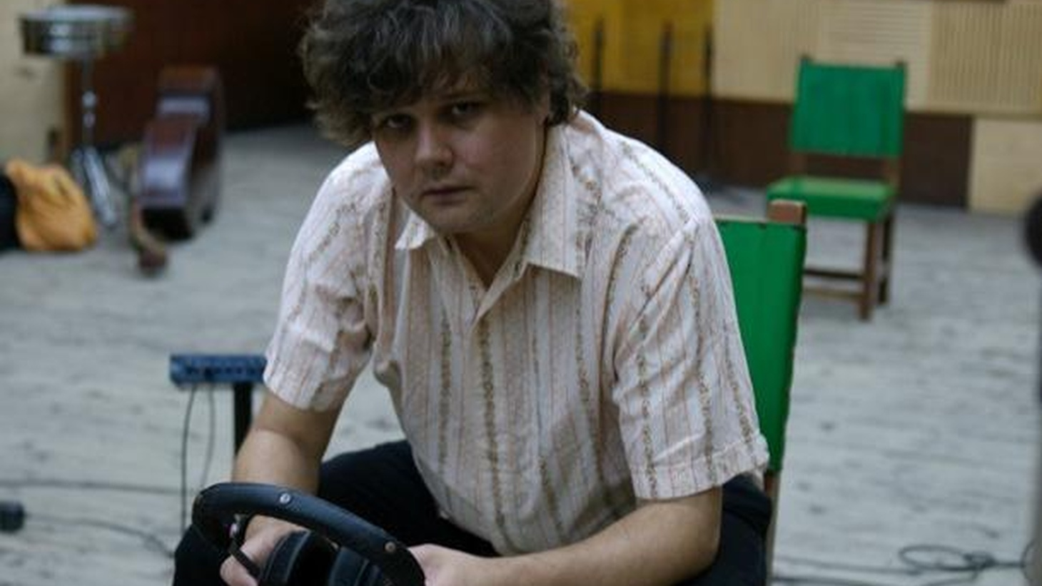 """Canadian singer Ron Sexsmith crafts beautiful melodies that weave right into his velvety voice on his new release, Long Player Late Bloomer. Today's Top Tune is """"Love Shines."""""""