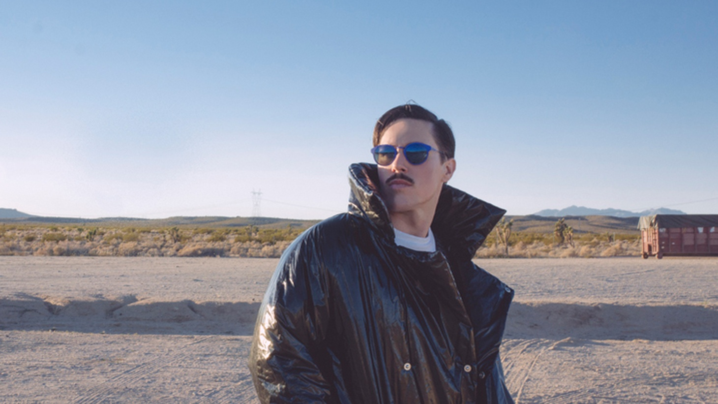 Sexy Aussie singer Sam Sparro has a new EP out...