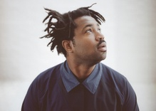 Sampha: (No One Knows Me) Like the Piano