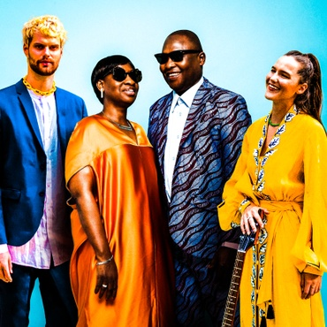 A cross-continent, cross-genre collaboration between Bomako-born artists Amadou & Mariam and dance floor duo Sofi Tukker transcends barriers with singing in Portuguese, Bambara, and…
