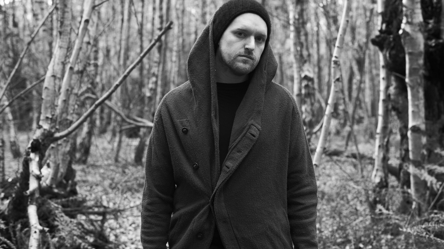 London-born, Vienna-based producer Sohn has worked with artists like Lana Del Rey, BANKS, and Rhye. For his solo debut, he puts the focus on strong beats with subtle electronic elements.