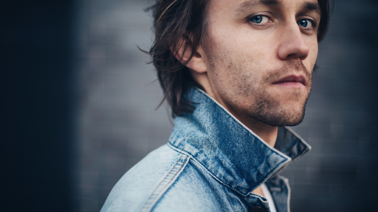 Brooklyn-based Norwegian singer/songwriter  Sondre Lerche  is an artist we've championed through the years. Lerche has a knack for translating his woes into swoon-worthy songs.