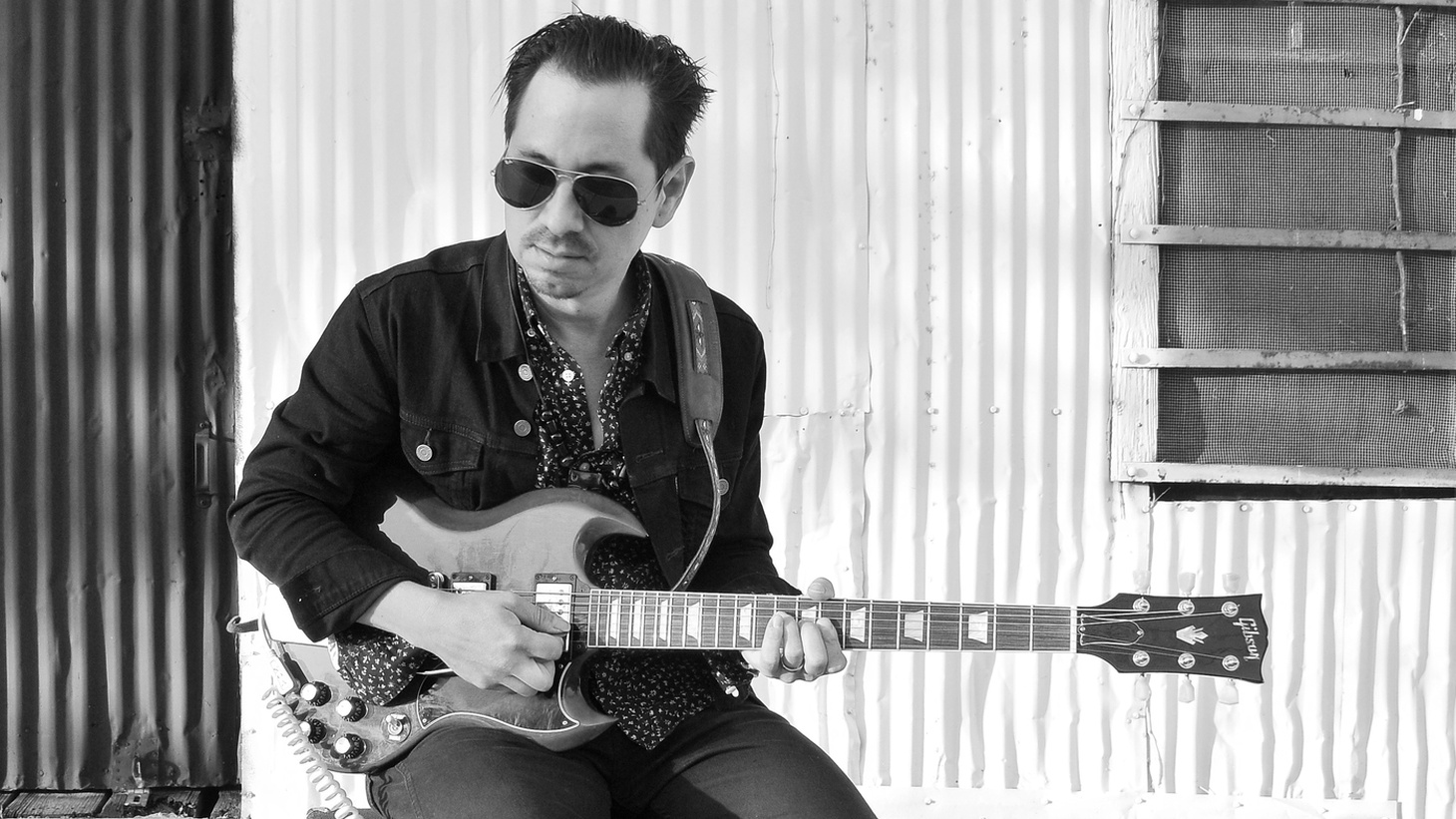 Ex-Grupo Fantasma member Adrian Quesada has been on the circuit with Brownout & Spanish Gold, and has backed a number of other talented artists, including Prince. His first true solo project as The Echocentricsgets a little help from his friends.