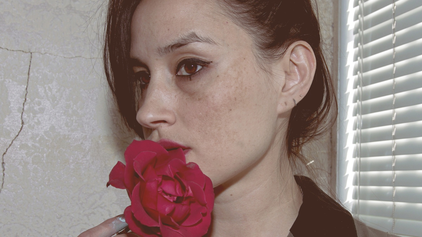 Warpaint co-founder vocalist, guitarist, and producer Theresa Wayman has a solo project she's calling by her nickname TT. TT has been working on her own music in between tours and being a single mom.