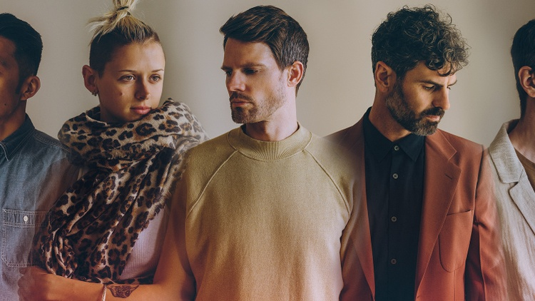 Tycho: 'Japan' featuring Hannah Cottrell