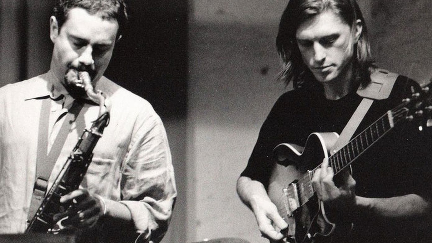 Tom sits down with guitarist Wolfgang Schalk to showcase his new album, From Here to There.   Photo byMary Cathryn Roth.