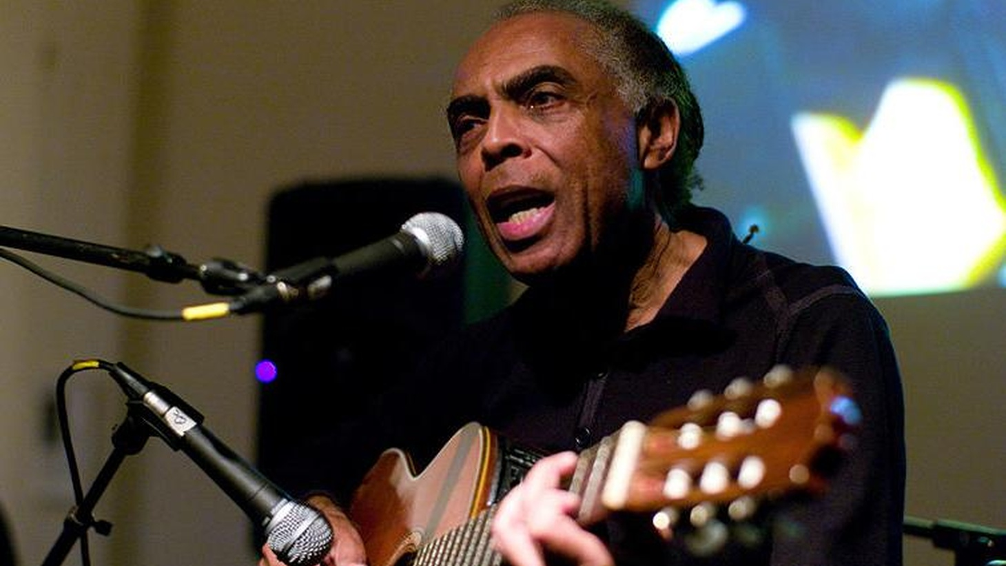 Brazilian superstar Gilberto Gil is Tom's guest on Sunday March 14th @ 1 p.m.  Gil formed the Tropicalia movement back in the late 60s along with Caetano Veloso and others, and paid dearly for it—he was exiled for years by the dictatorship.  He returned to Brazil from his exile in London, and went on to record some of the most memorable albums in Brazilian music.   Current Brazilian President Lula da Silva appointed him Minister of Culture, a position he held for five years.