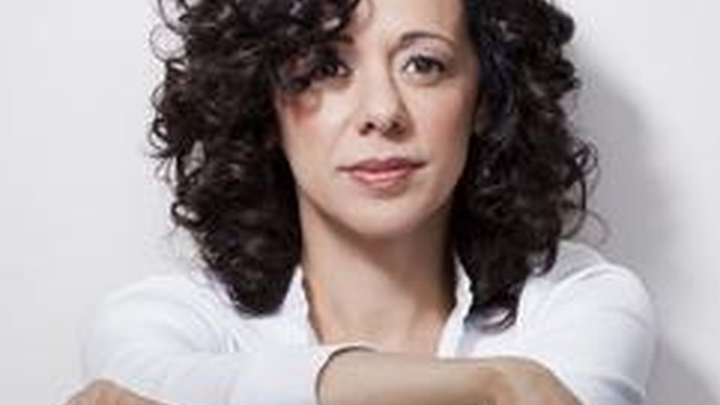 Jazzy Brazilian singer Luciana Souza shares her new work with Morning Becomes Eclectic listeners at 11:15am. Tom Schnabel sits in for Jason Bentley.