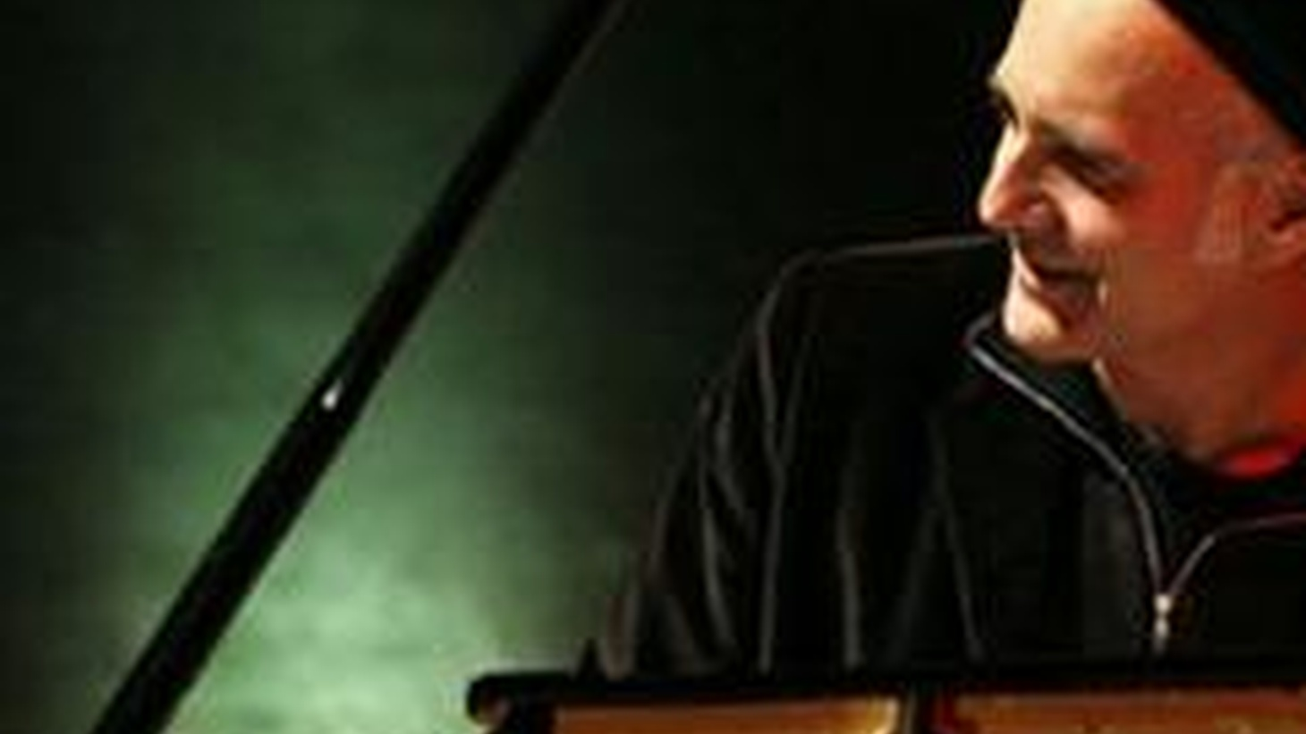 Composer and pianist Ludovico Einaudi joins Tom Schnabel for a live set and interview.  Einaudi is very popular in England, France, Germany, and his native Italy for his sweeping live concerts.
