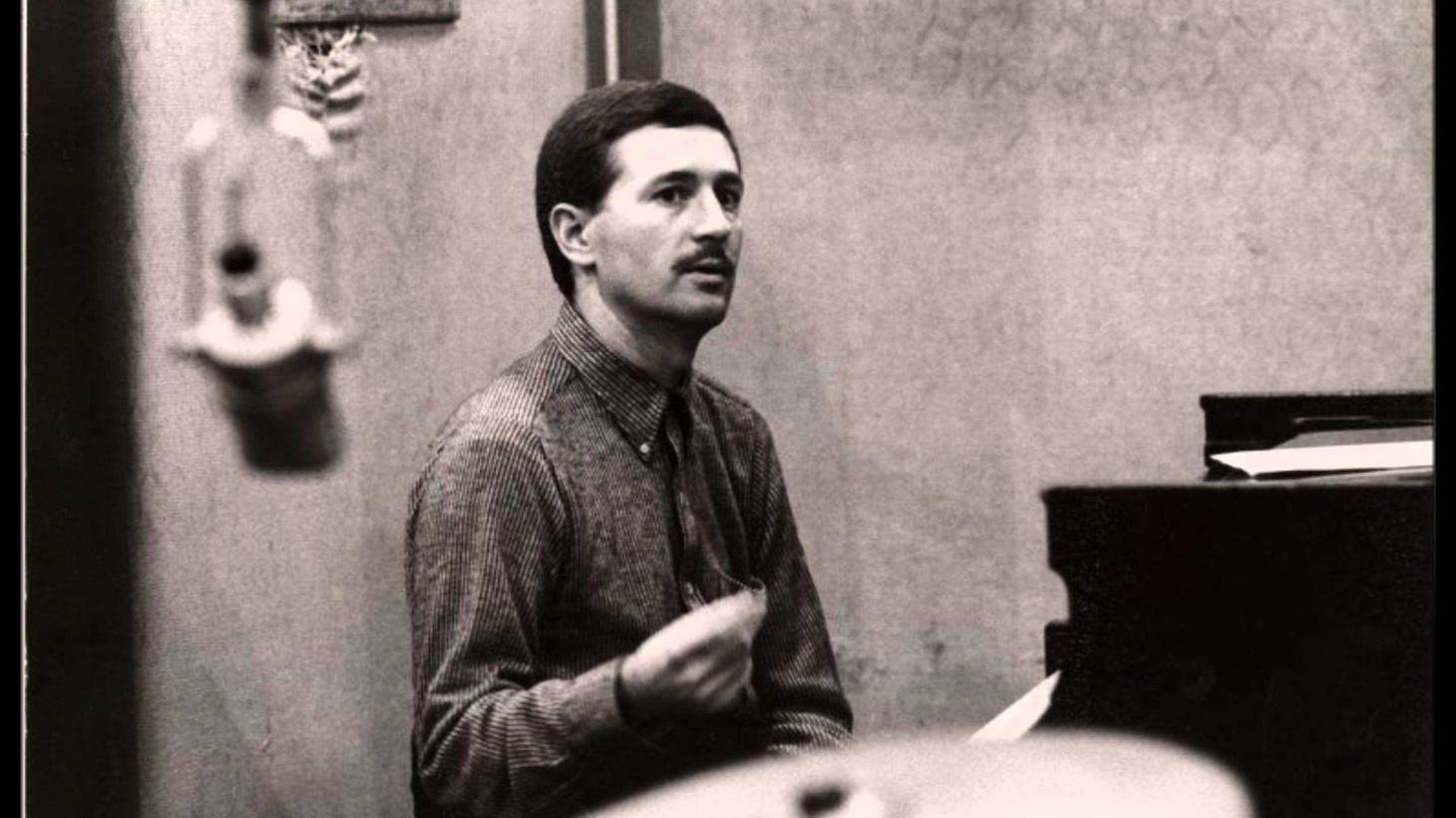 This week Rhythm Planet remembers the Mark Twain of jazz, Mose Allison, and the superb composer/arranger Claus Ogerman.