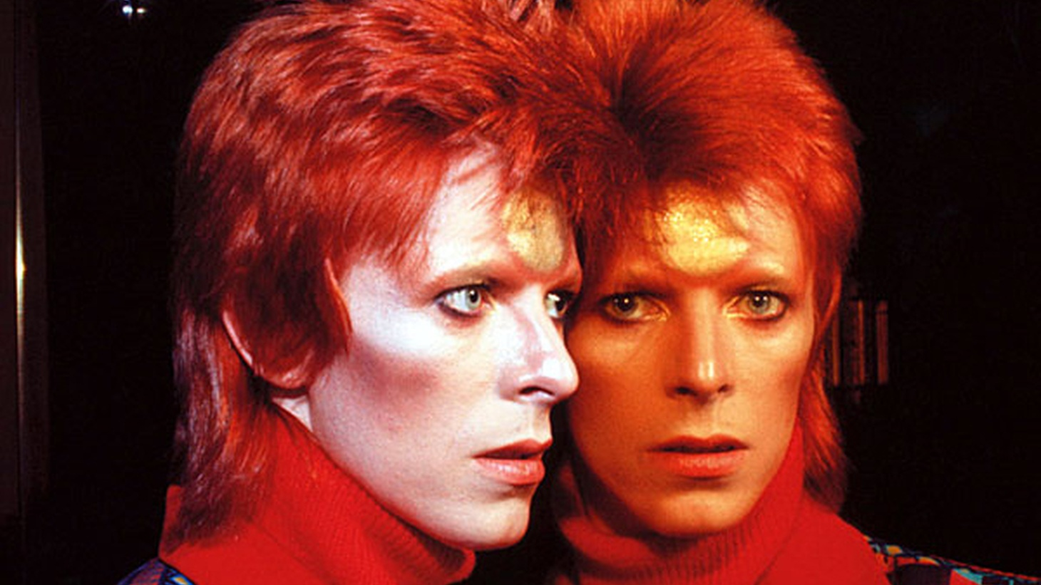Travis pays tribute to the incredible life and work of David Bowie.