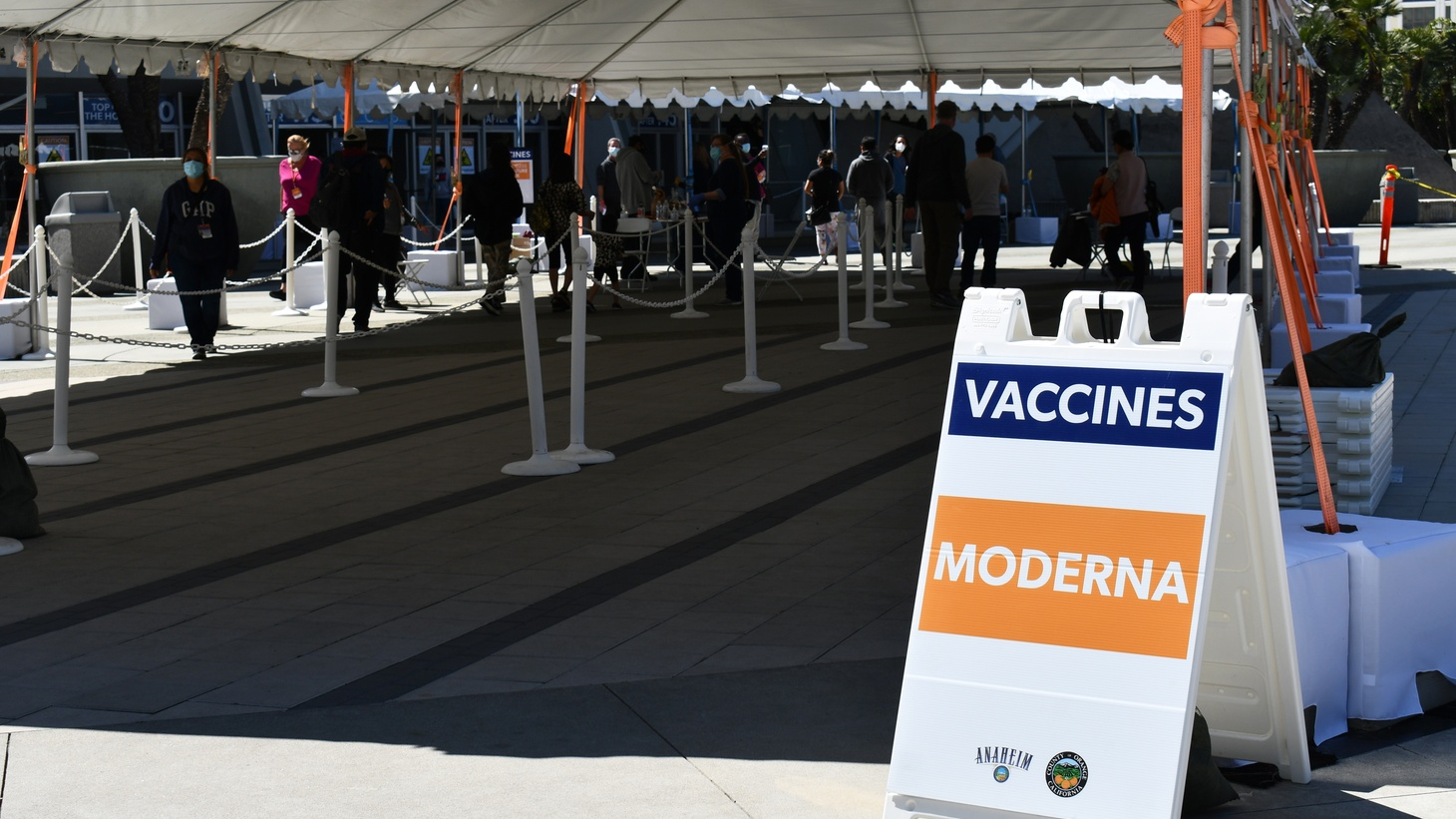 The Moderna vaccine is being distributed at the Anaheim Convention Center COVID-19 vaccination site, March 19, 2021. Photo by Laura Kondourajian.