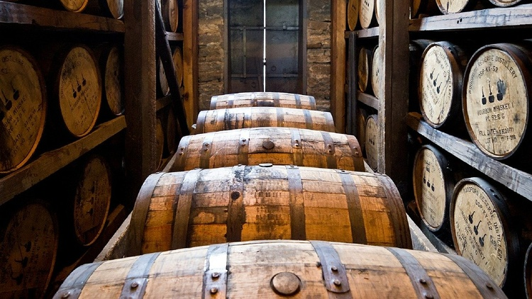 Distilleries are places that make alcohol and spirits on-site. They distill spirits such as whiskey, brandy, rum.