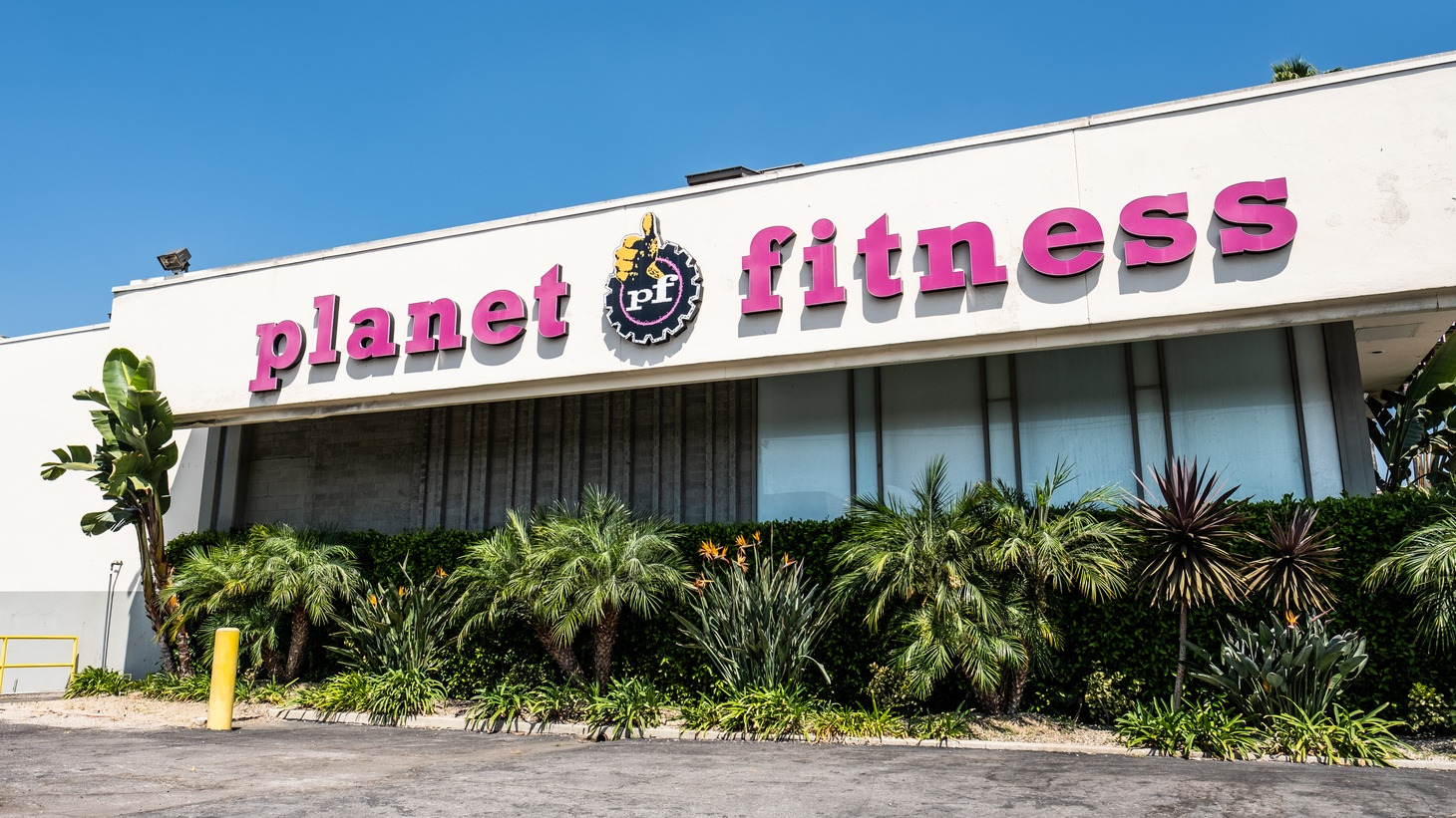 A Planet Fitness in Mid City, Los Angeles. Since LA's gyms reopened a week ago, some Angelenos have flocked to their local sports centers. Others have run in the other direction — cancelling memberships.