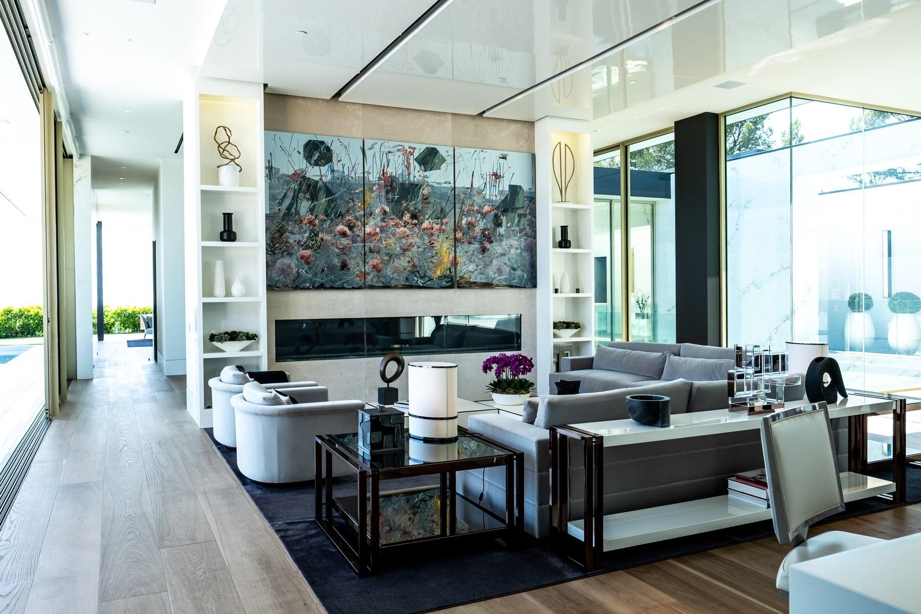 Giga mansion_living room_ATa.jpg