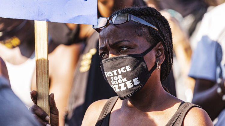 Protestors gathered in South LA again on Wednesday night to demand justice for Dijon Kizzee.