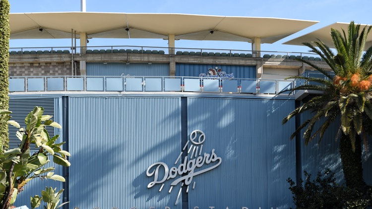 The National League Division Series comes to Chavez Ravine Monday night for Game 3 between the LA Dodgers and San Francisco Giants. The teams are tied 1-1 in the best-of-five series.