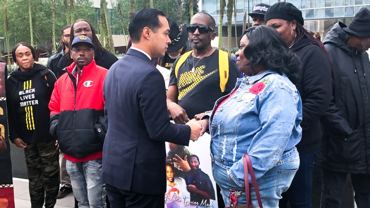On Tuesday, presidential hopeful Julian Castro joined Black Lives Matter activists in front of LAPD headquarters to raise awareness of the 2018 fatal police shooting of Grechario Mack.