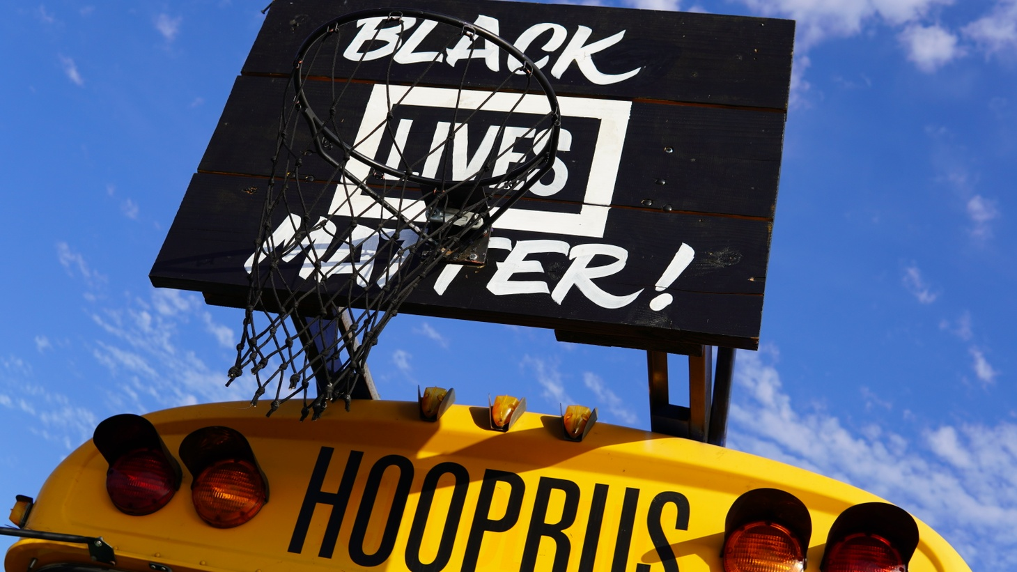 The Hoop Bus aims to amplify the message of the Black Lives Matter movement.