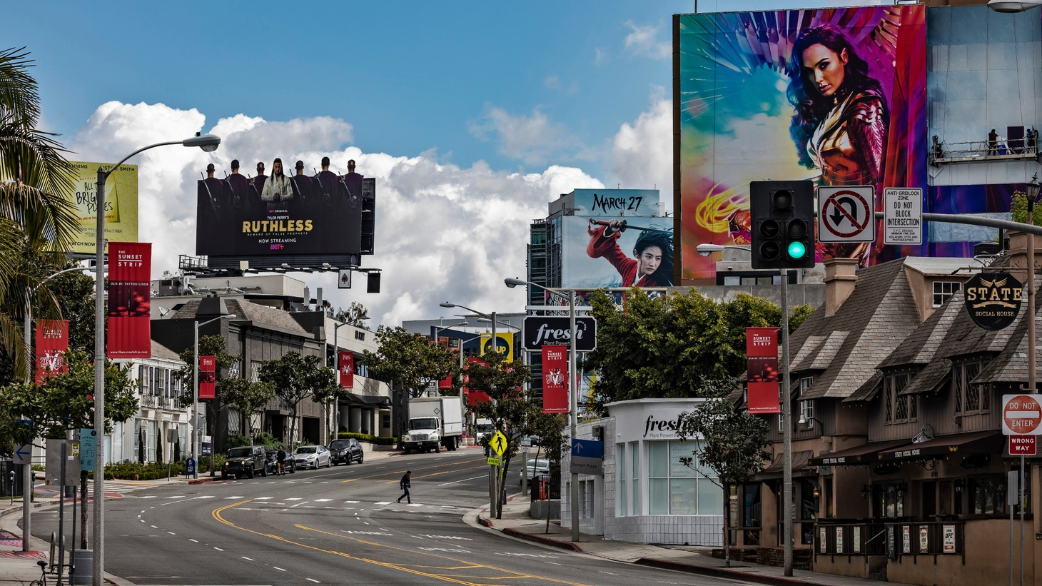 Sunset Blvd in West Hollywood, CA. March 23, 2020. USC students and teachers have developed a system of newsletters to provide hyper-local information to every corner of the city.