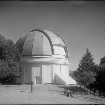 People can rent the historic telescopes at LA's Mt. Wilson Observatory for one night — complete with snacks and a guide — for $1,700.