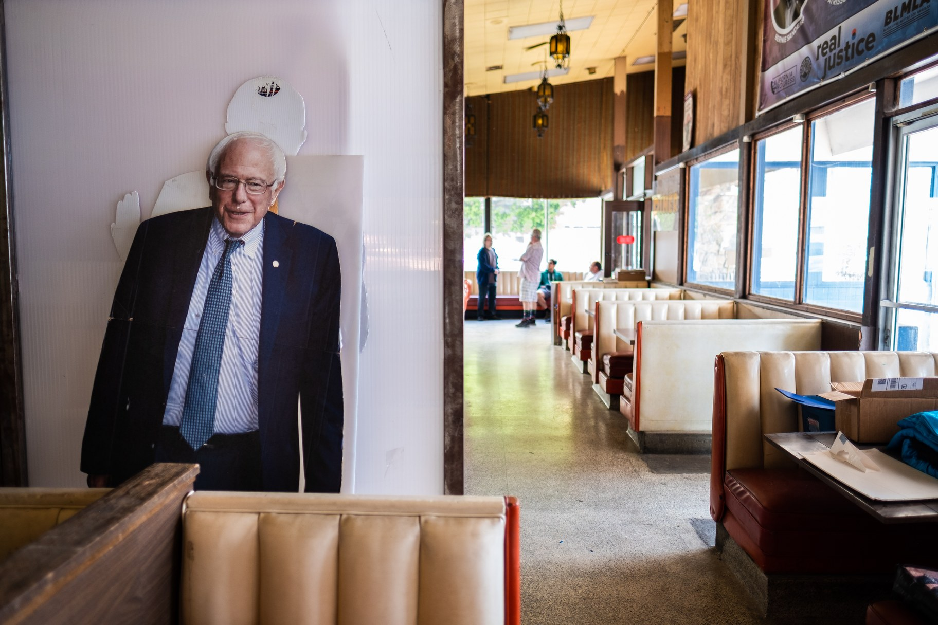 Bernie_s Coffee Shop_ATa 8.jpg