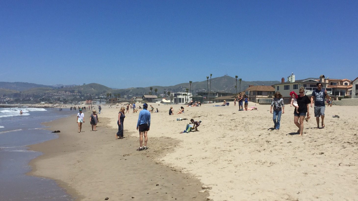 The shores along Ventura were busy Saturday afternoon, but people maintained social distance while walking around and enjoying the first summery weekend of 2020.