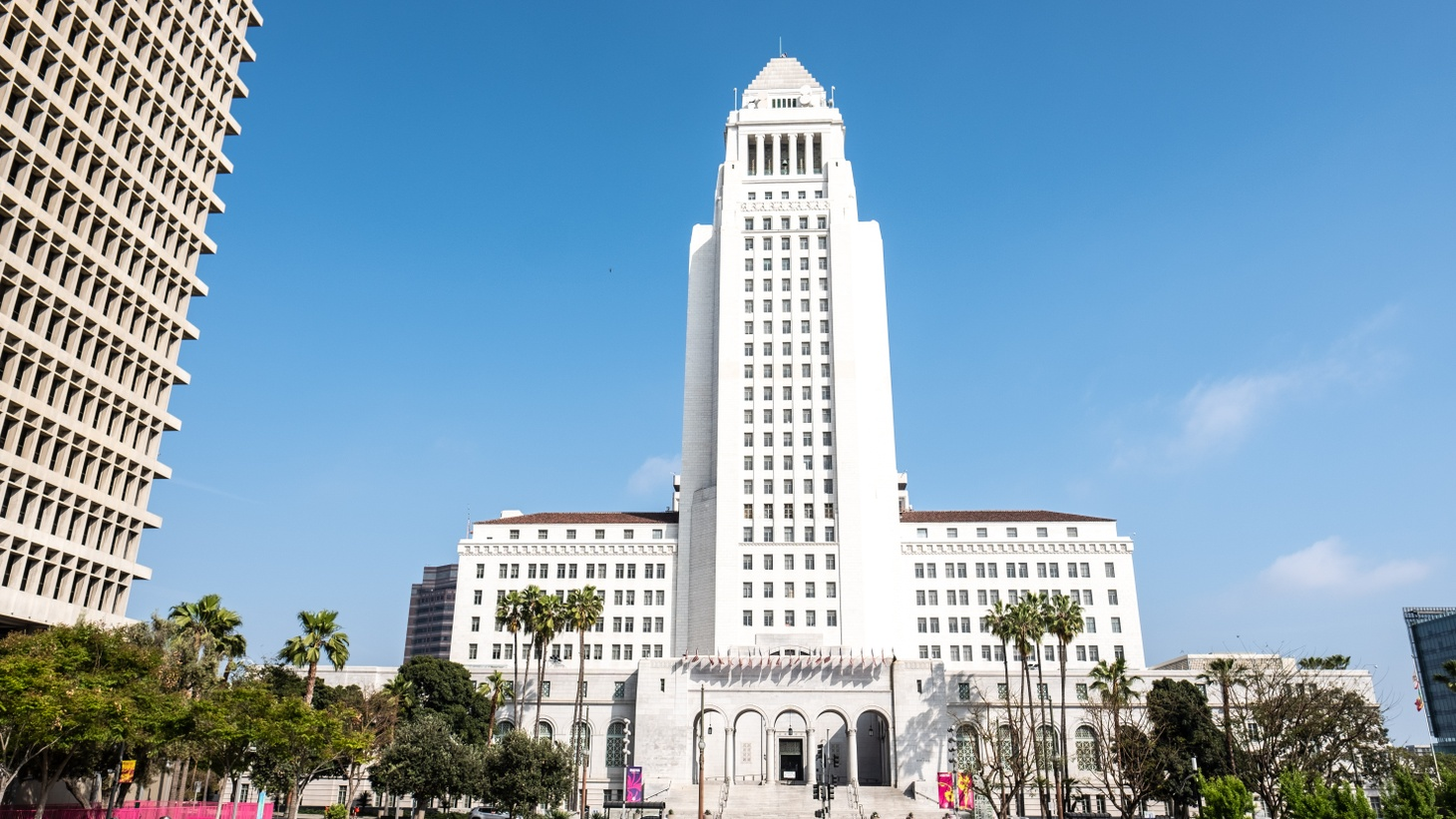 There's an ongoing FBI investigation into illicit activities at LA City Hall.