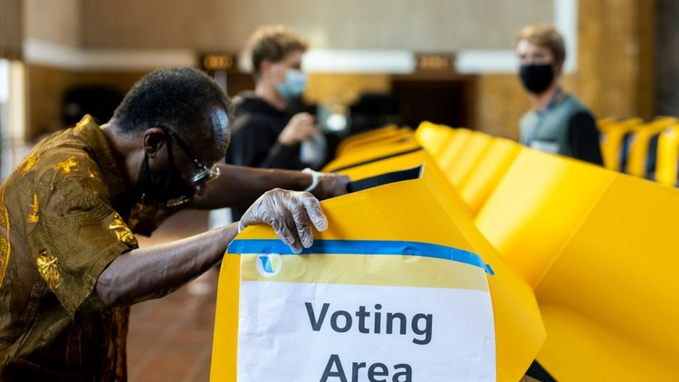 """""""Early votes aren't reflective of the total vote,"""" says Paul Mitchell, vice president of Political Data Inc. """"In the past, it was always the Republicans who were voting early."""