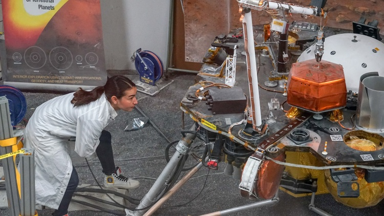 The daughter of Mexican migrant field workers is now an engineer at Pasadena's Jet Propulsion Laboratory. She dreams of being an astronaut and visiting Mars.
