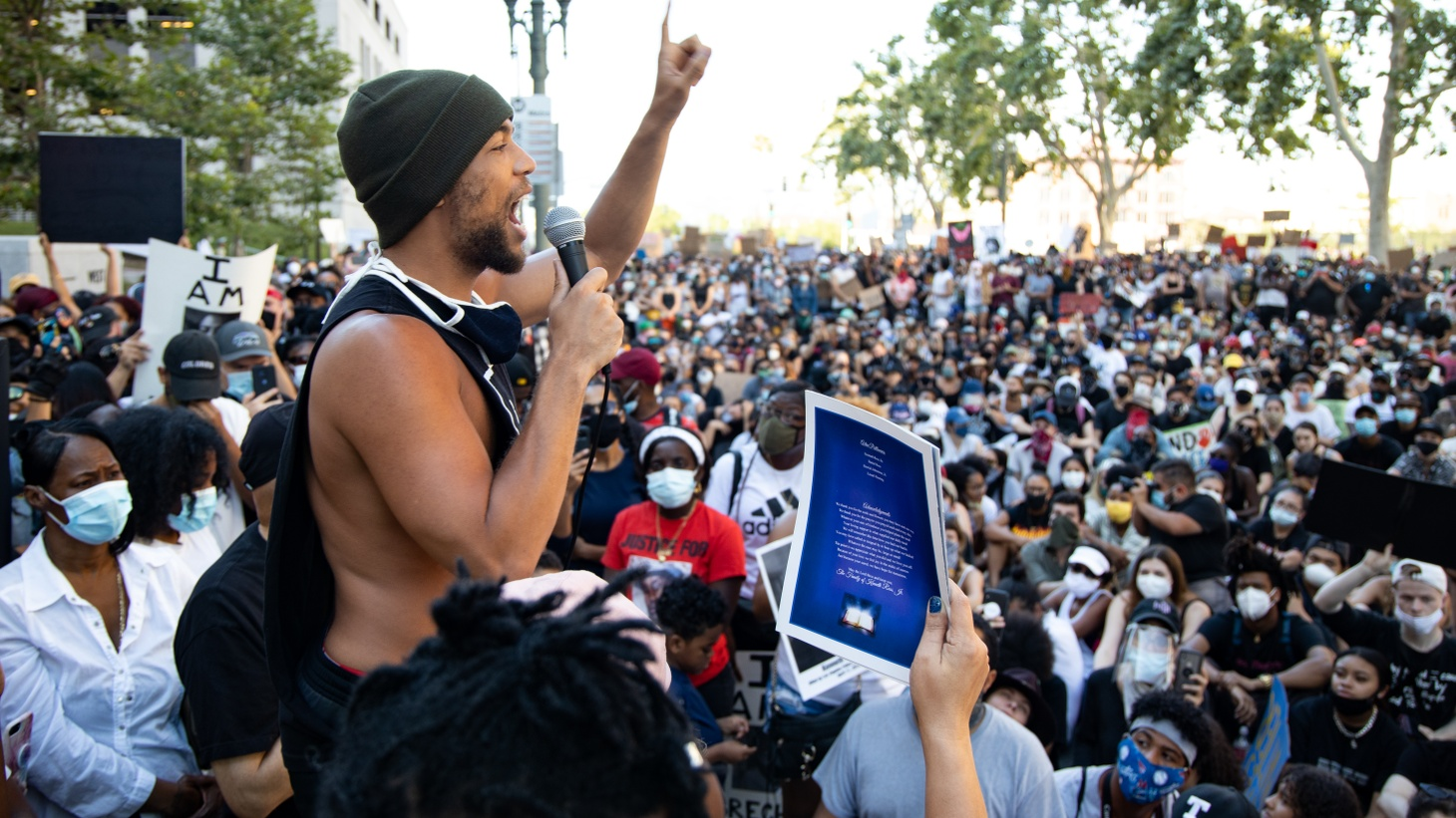 Thousands of Angelenos have gathered to protest the police killing of George Floyd. What does the crowding mean for a spike in coronavirus cases?
