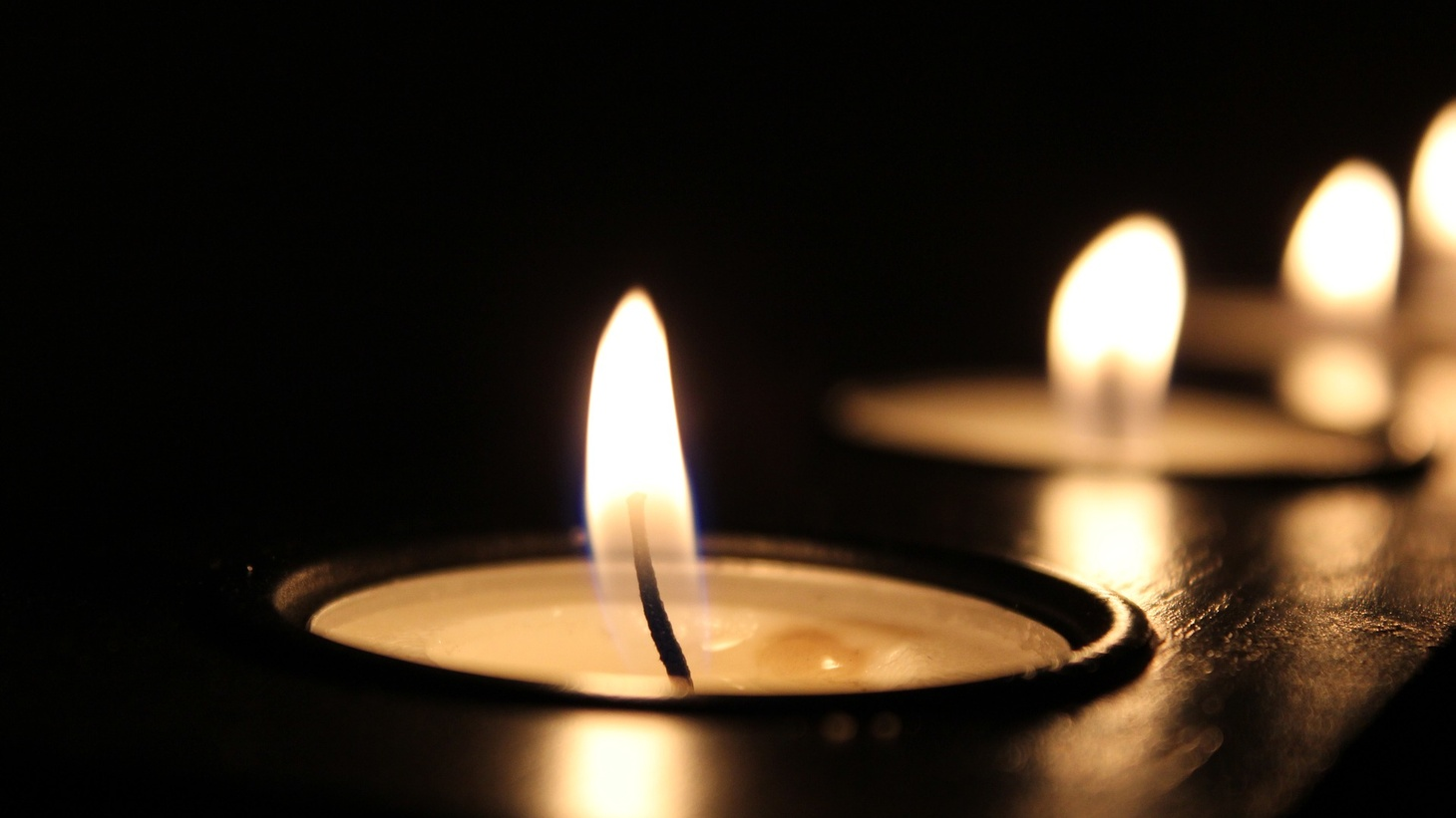 Many Californians are turning to candles during this week's scheduled power outage.