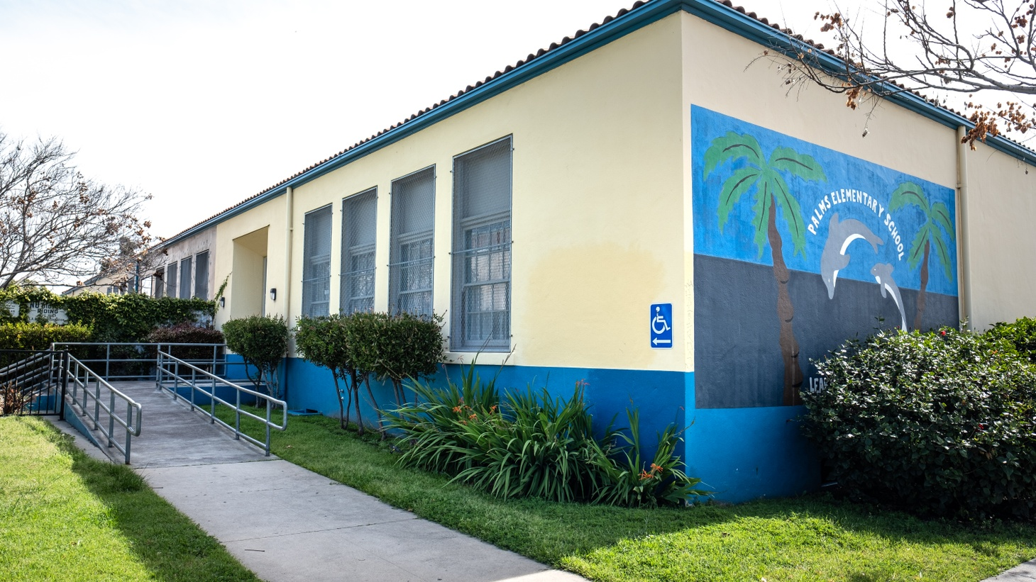 Palms Elementary School, part of LAUSD, sits empty. Getting kids back in classrooms during the pandemic is a giant challenge for educators and administrators.