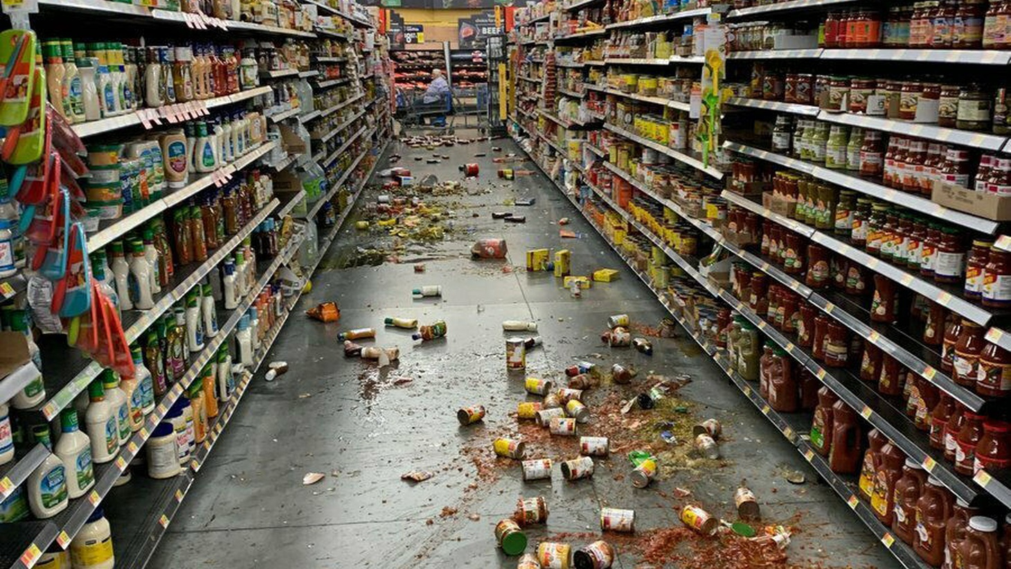 Items spilled all over grocery store in Yucca Valley during the earthquake. July 5, 2019.